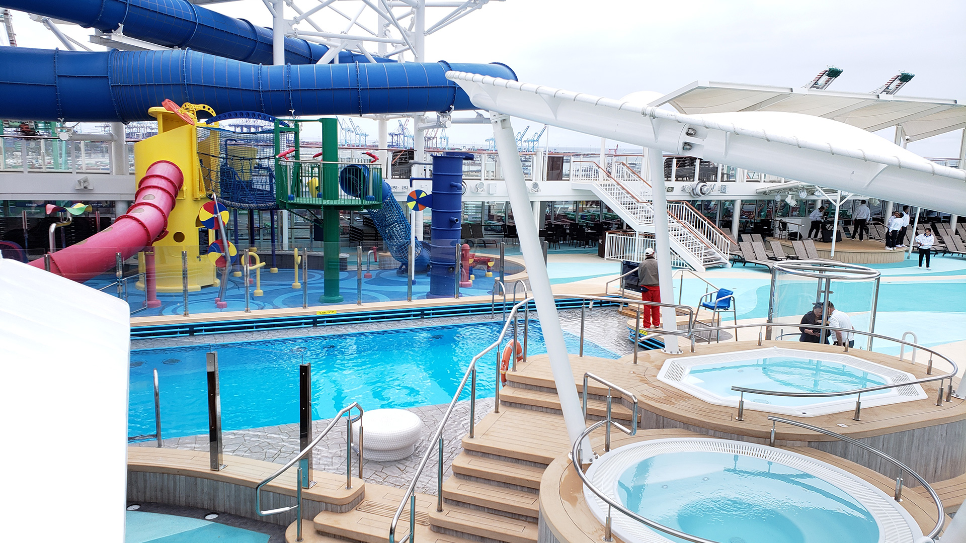 Cruise water park